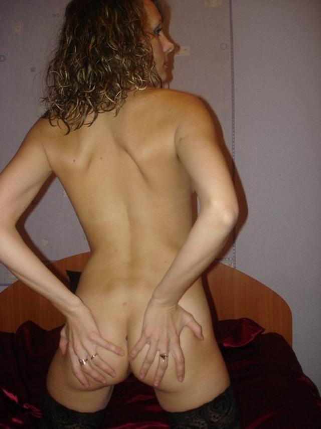Сексапильные телки показывают себя голыми